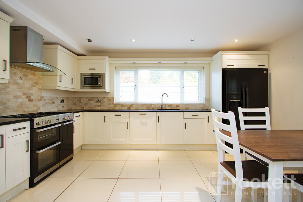 5 bed house to rent in Appleton Drive, Whitmore, Newcastle Under Lyme  - Property Image 2