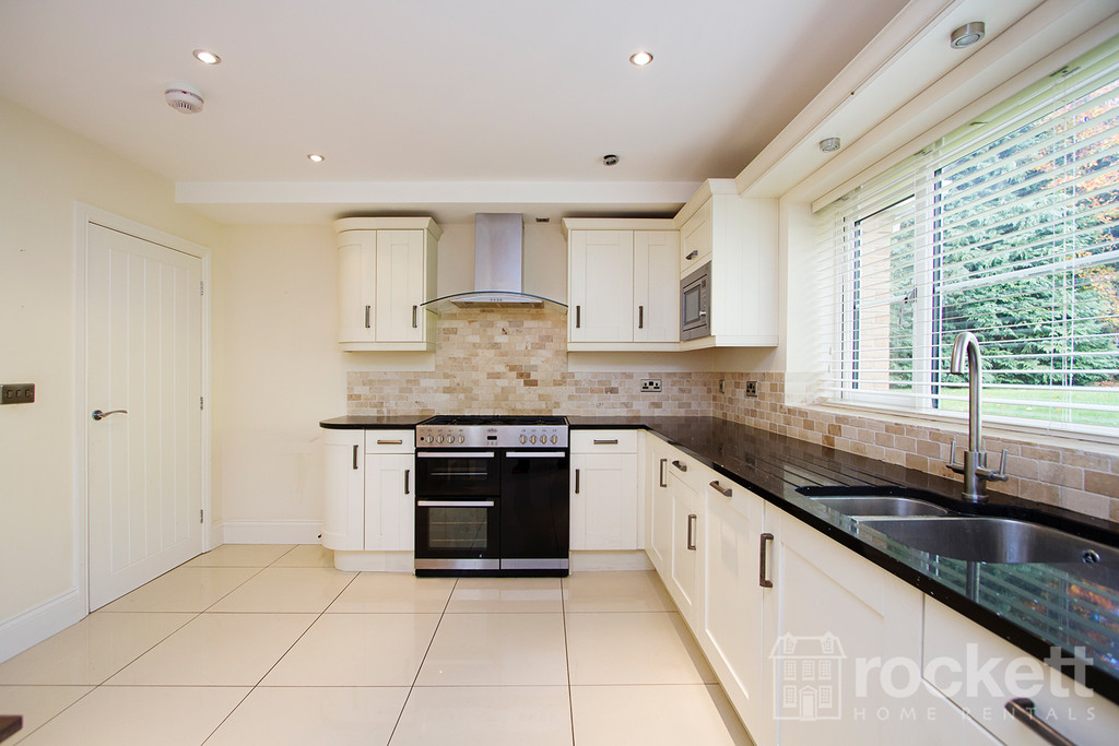 5 bed house to rent in Appleton Drive, Whitmore, Newcastle Under Lyme  - Property Image 10