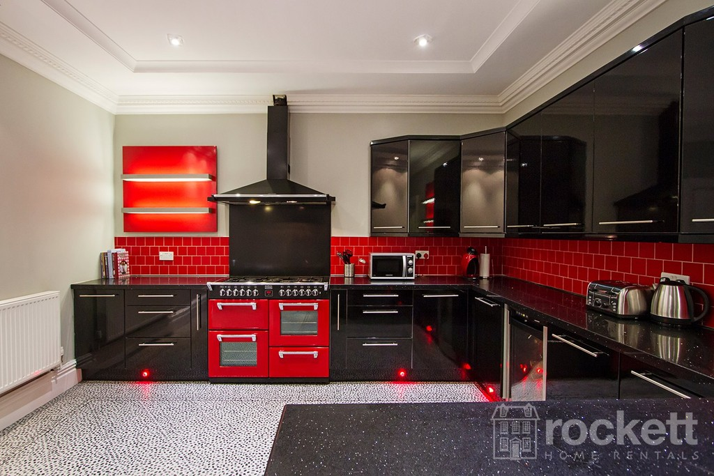 1 bed house to rent in Newton  Street  - Property Image 2