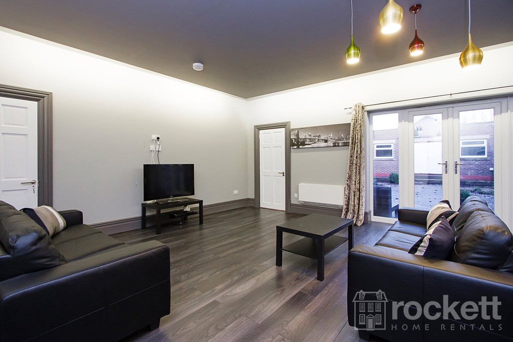 1 bed house to rent in Newton  Street  - Property Image 11