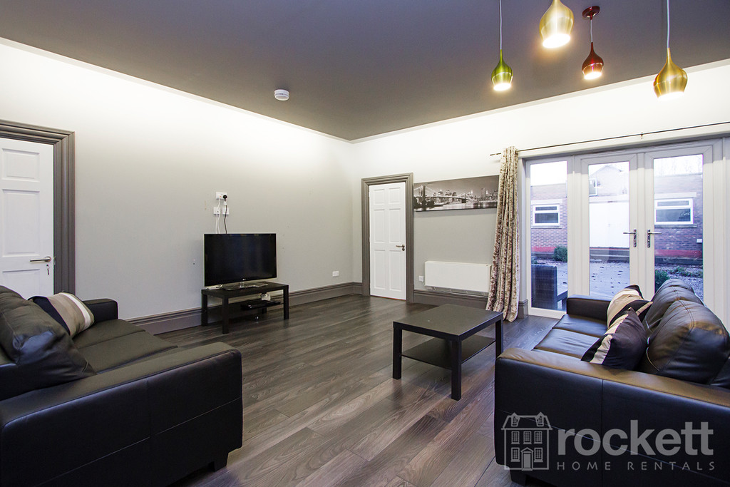 1 bed house to rent in Stoke On Trent  - Property Image 6