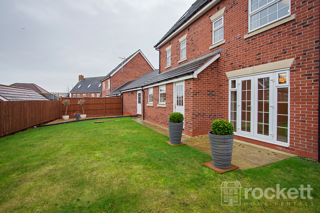 5 bed house to rent in Wychwood Village, Weston  - Property Image 17