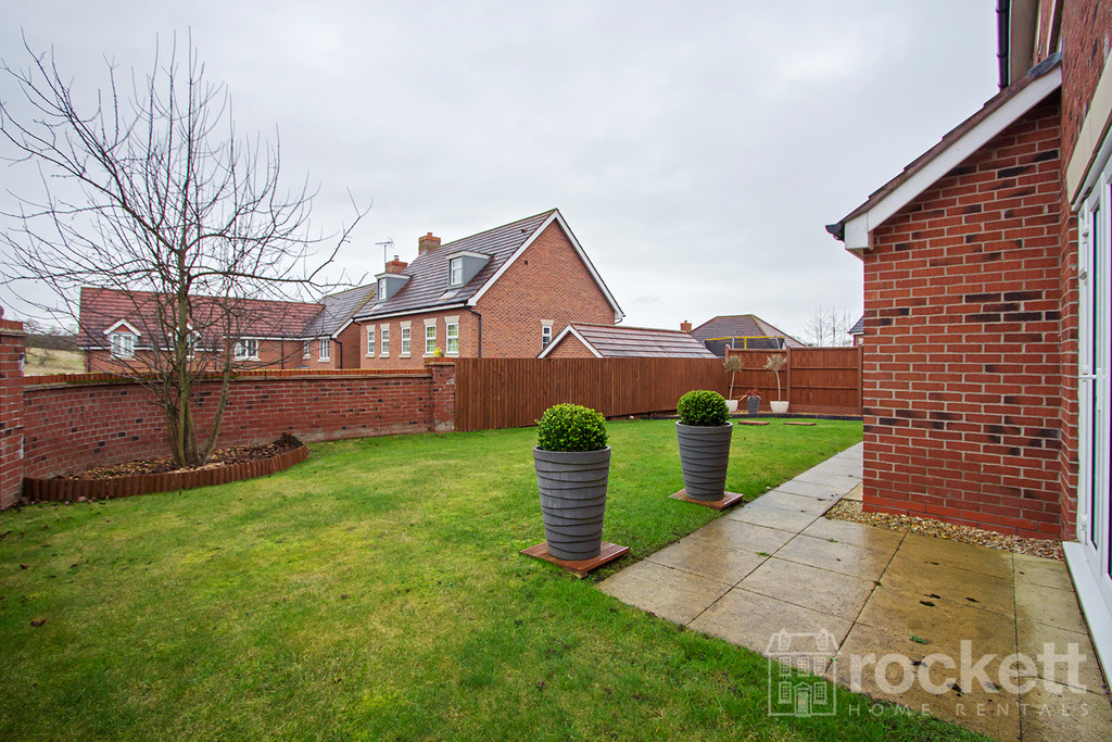 5 bed house to rent in Wychwood Village, Weston  - Property Image 18