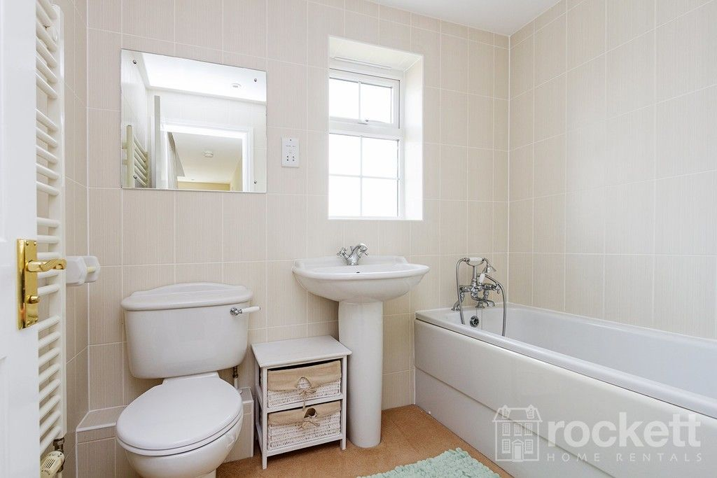 5 bed house to rent in Wychwood Village, Weston  - Property Image 21