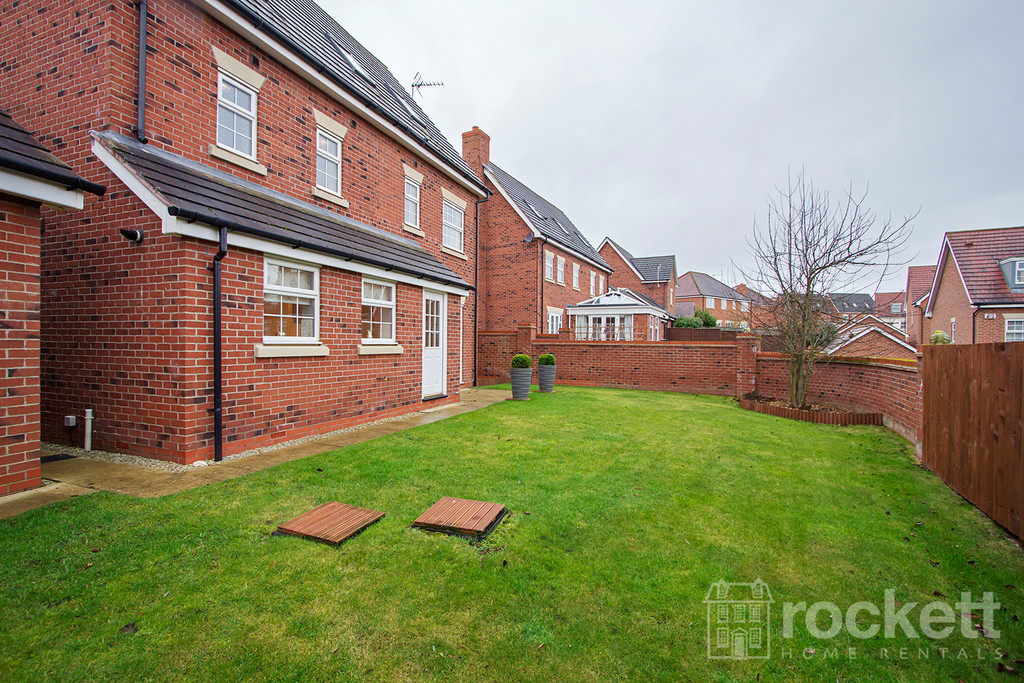 5 bed house to rent in Wychwood Village, Weston  - Property Image 22