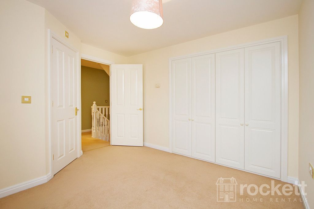 5 bed house to rent in Wychwood Village, Weston  - Property Image 25