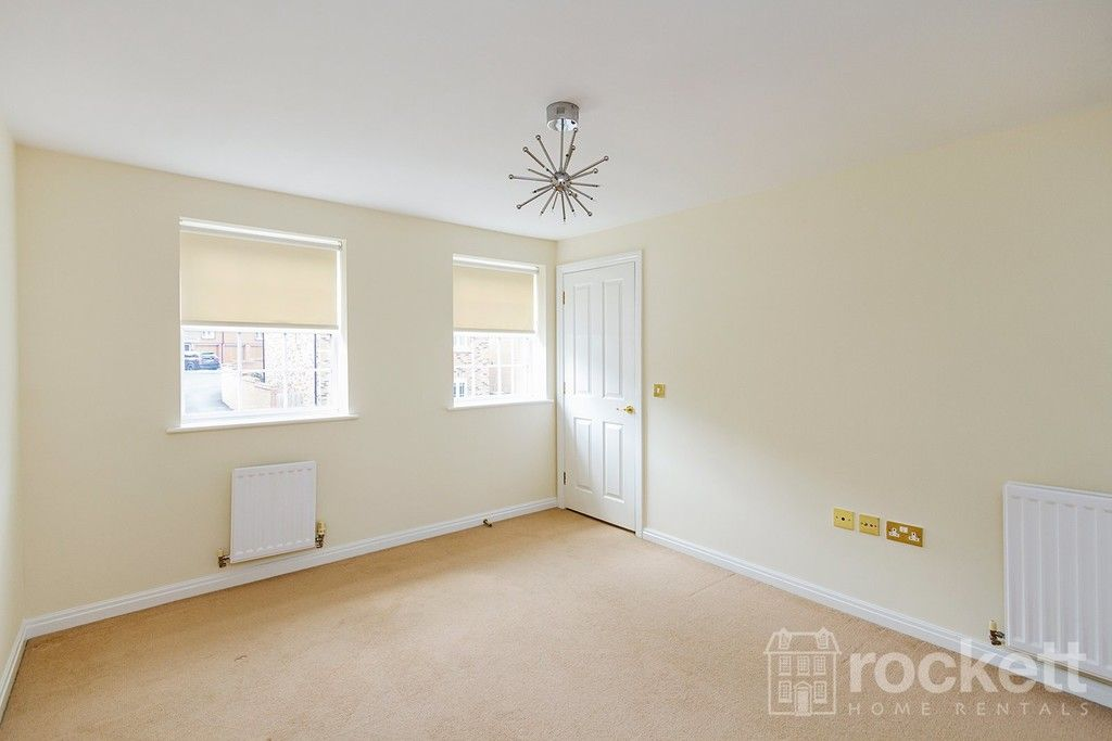 5 bed house to rent in Wychwood Village, Weston  - Property Image 26