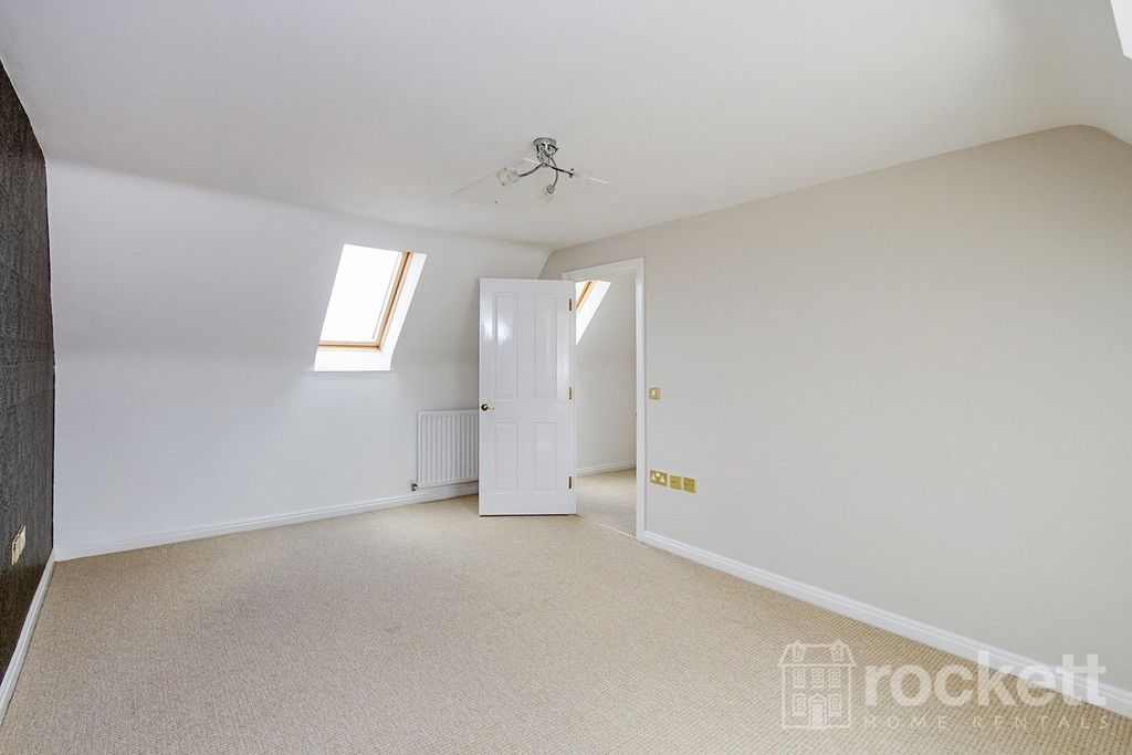 5 bed house to rent in Wychwood Village, Weston  - Property Image 30