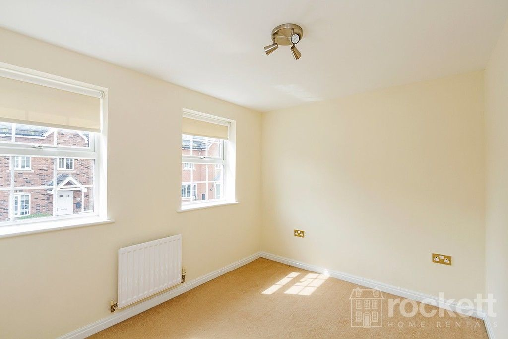 5 bed house to rent in Wychwood Village, Weston  - Property Image 35