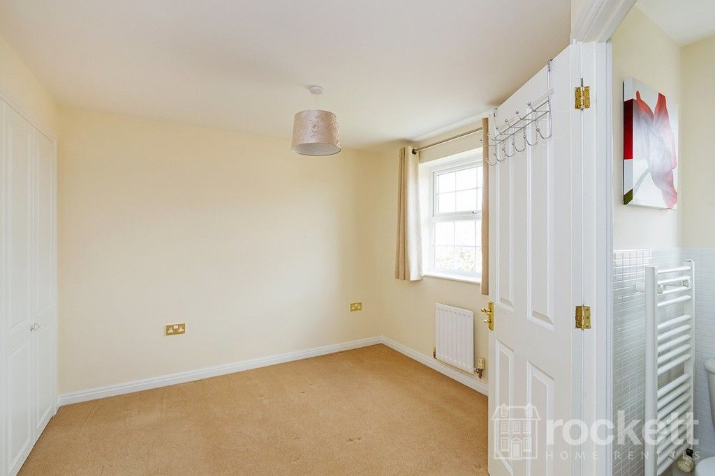 5 bed house to rent in Wychwood Village, Weston  - Property Image 36