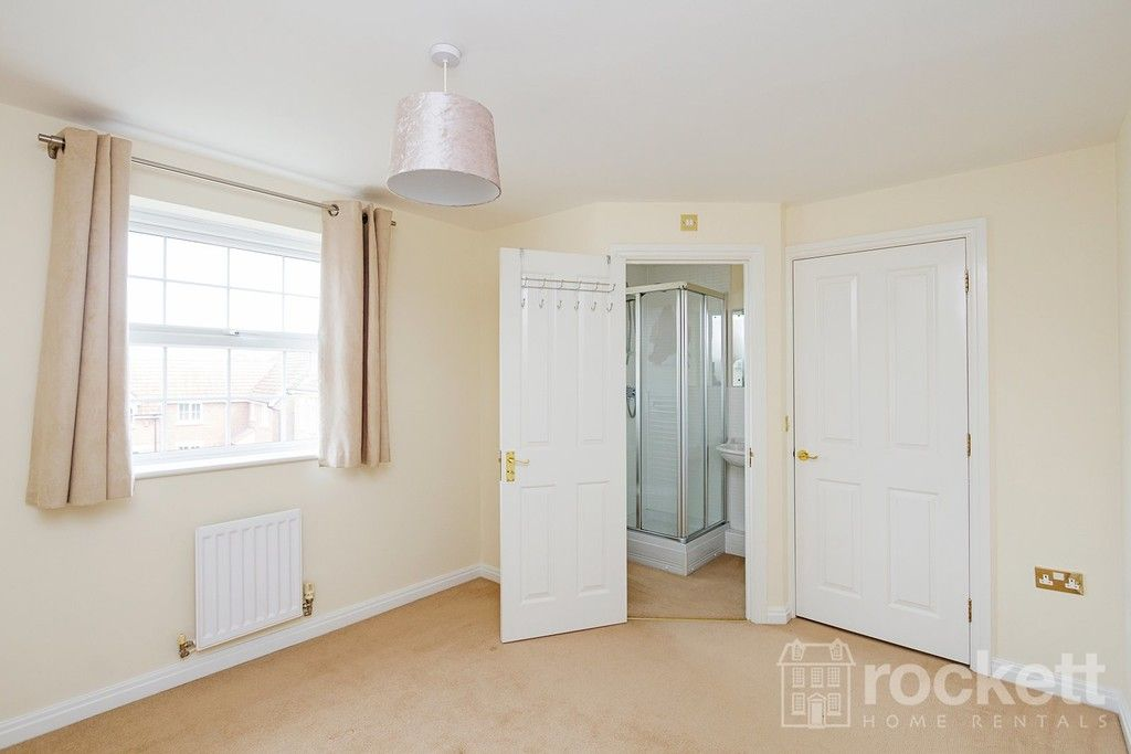 5 bed house to rent in Wychwood Village, Weston  - Property Image 37