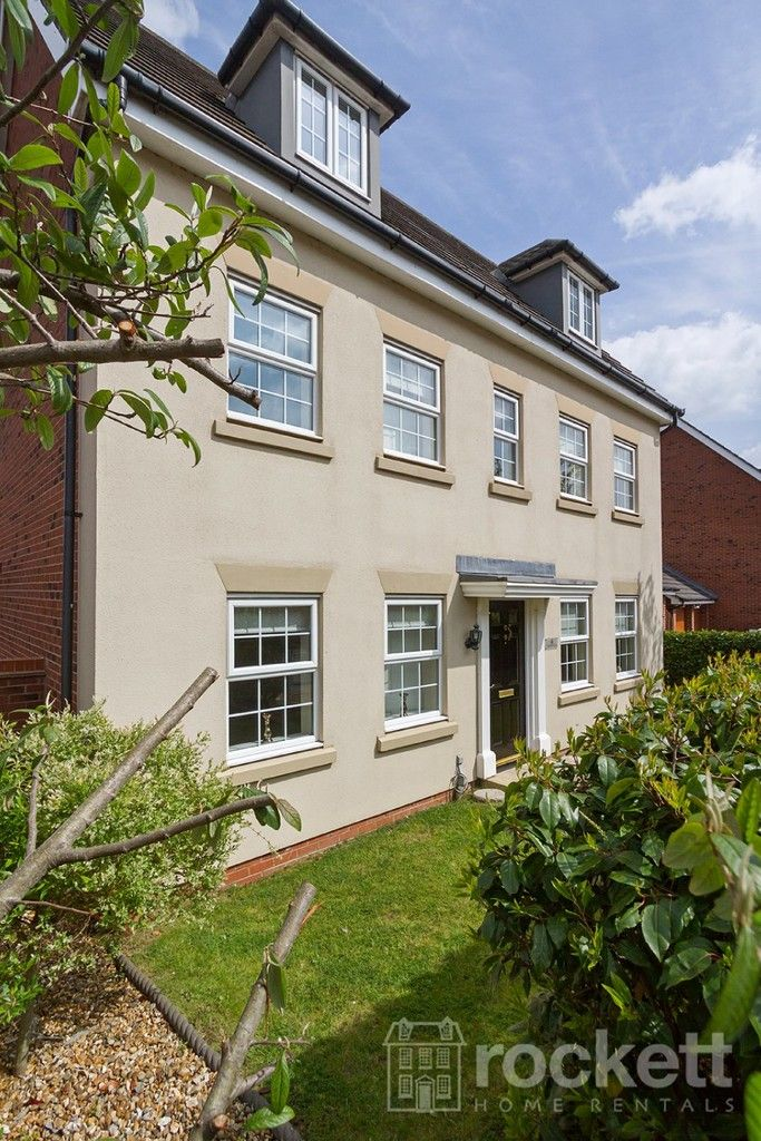 5 bed house to rent in Wychwood Village, Weston  - Property Image 5