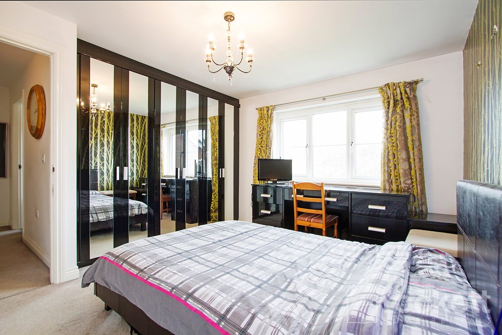4 bed house to rent in Galingale View, Newcastle Under Lyme  - Property Image 13