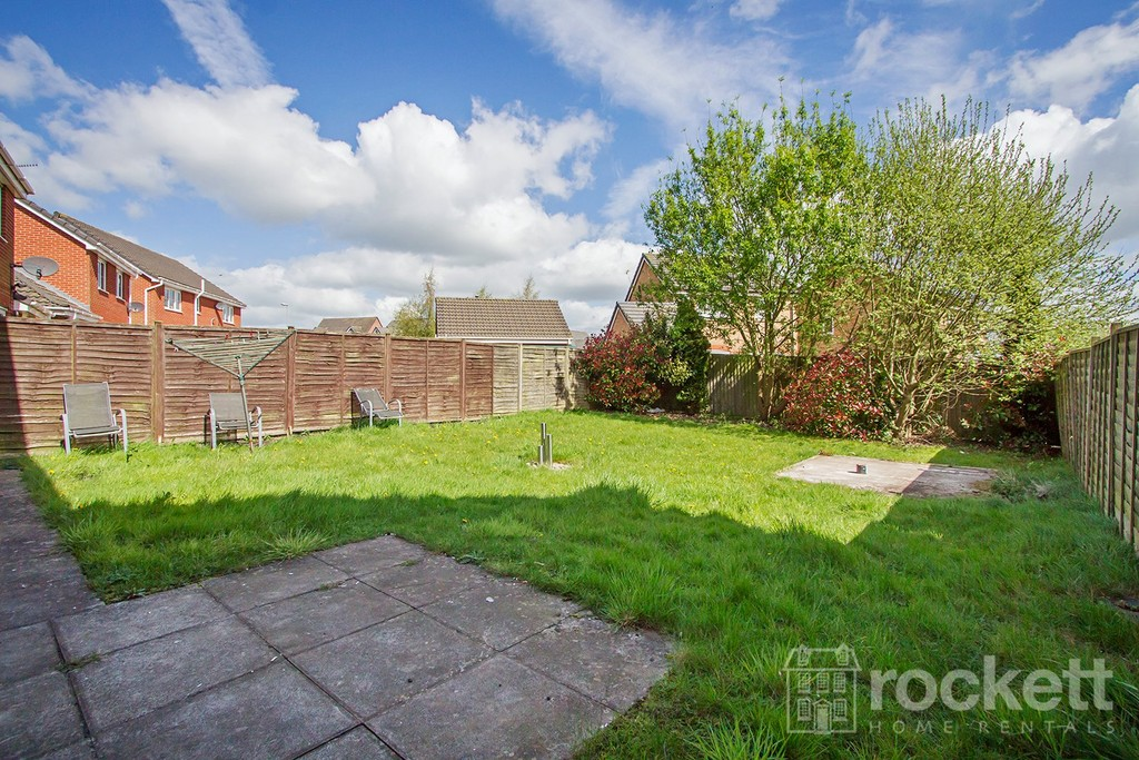 4 bed house to rent in Galingale View, Newcastle Under Lyme  - Property Image 15