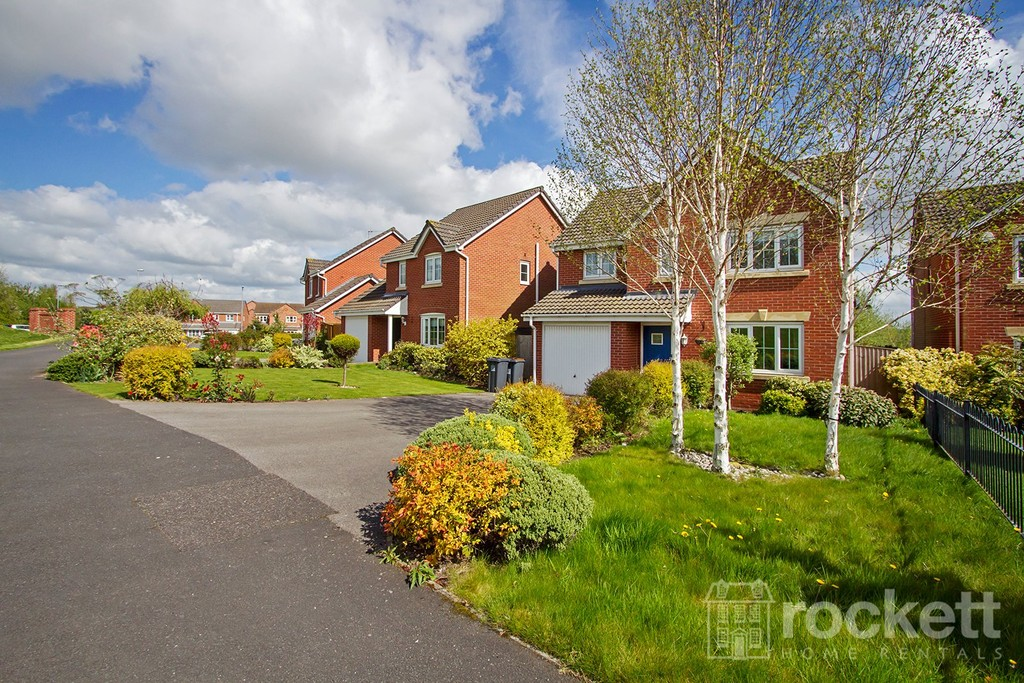 4 bed house to rent in Galingale View, Newcastle Under Lyme  - Property Image 3