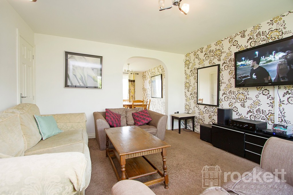 4 bed house to rent in Galingale View, Newcastle Under Lyme  - Property Image 6