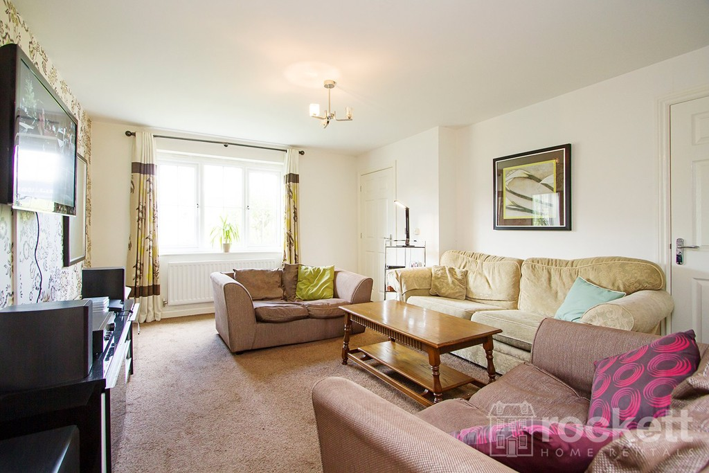 4 bed house to rent in Galingale View, Newcastle Under Lyme  - Property Image 8