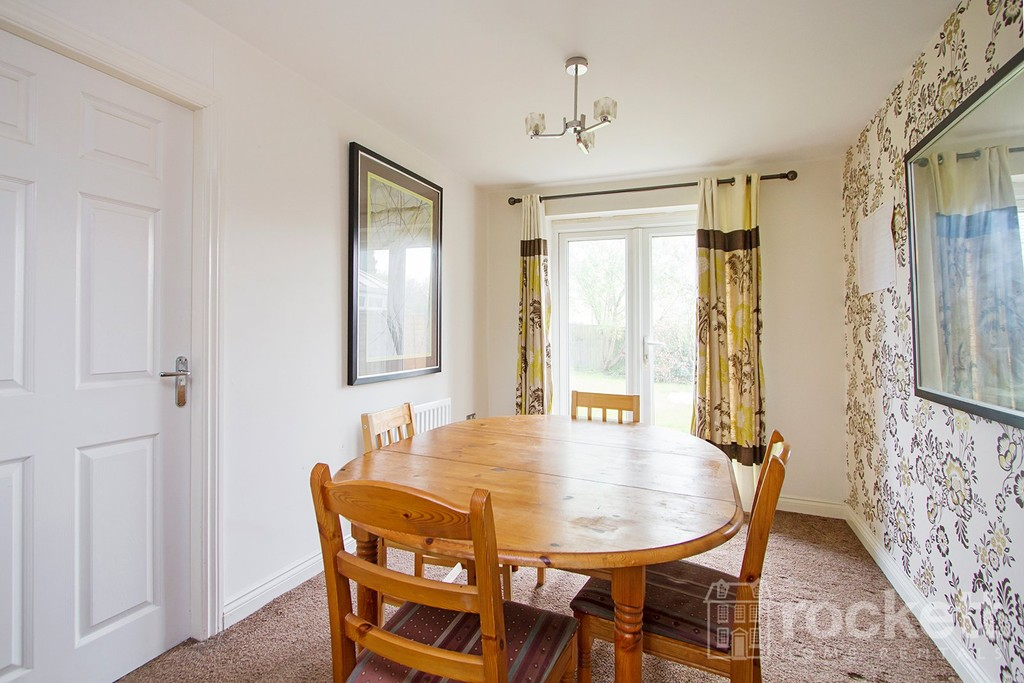 4 bed house to rent in Galingale View, Newcastle Under Lyme  - Property Image 9