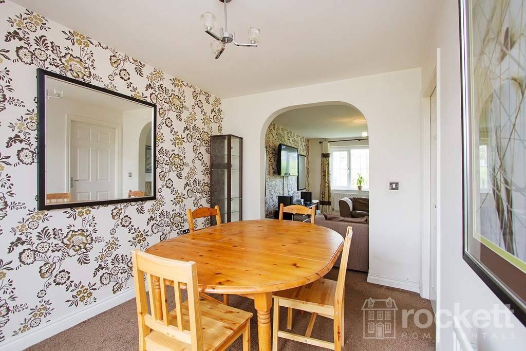 4 bed house to rent in Galingale View, Newcastle Under Lyme  - Property Image 10
