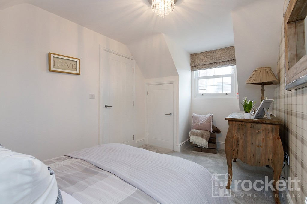 5 bed house to rent in Turnberry Drive, Trentham  - Property Image 21