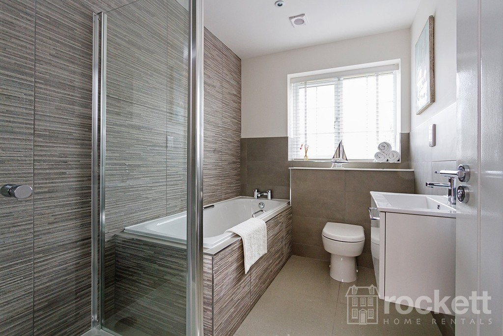 5 bed house to rent in Turnberry Drive, Trentham  - Property Image 24