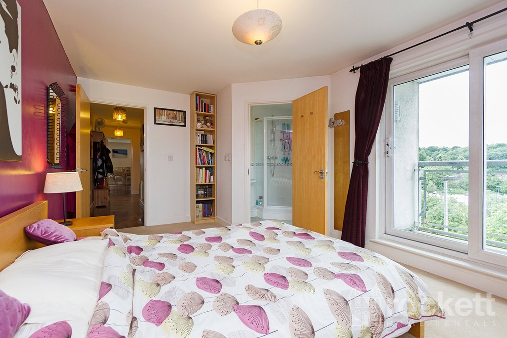 3 bed flat to rent  - Property Image 27