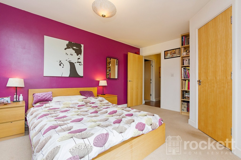 3 bed flat to rent  - Property Image 28