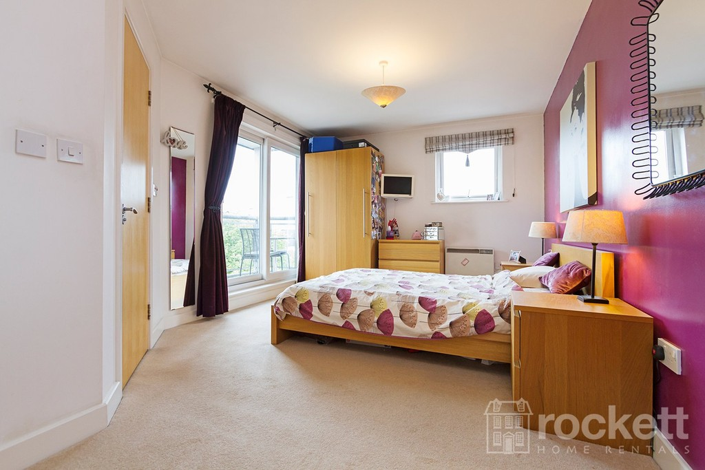 3 bed flat to rent  - Property Image 29