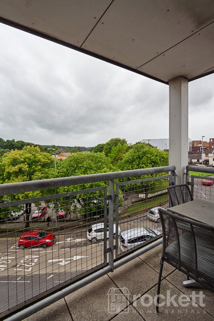 3 bed flat to rent  - Property Image 30