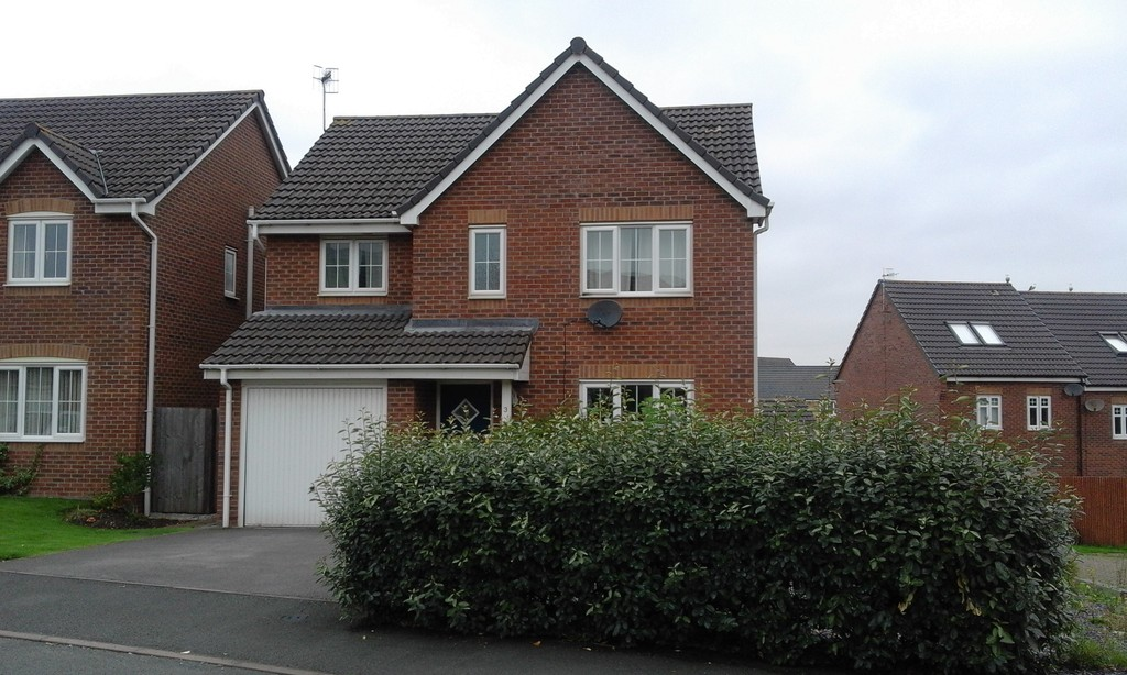 4 bed house to rent in Snowgoose Way, Newcastle Under Lyme  - Property Image 1
