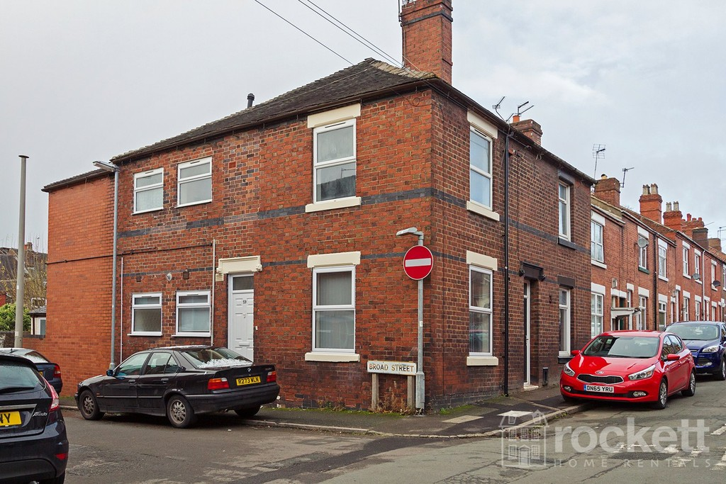 1 bed flat to rent in Broad Street, Newcastle Under Lyme  - Property Image 2
