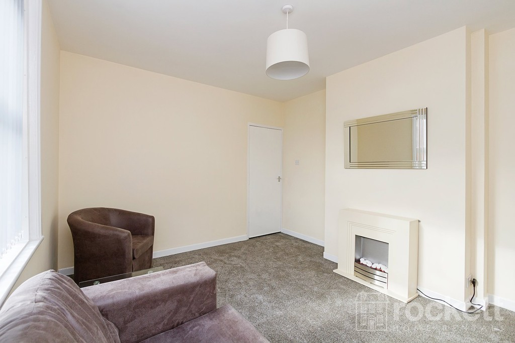 1 bed flat to rent in Broad Street, Newcastle Under Lyme  - Property Image 6