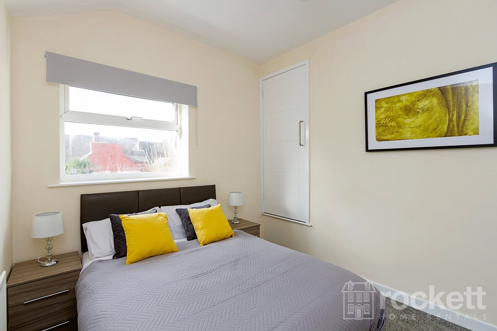1 bed flat to rent in Broad Street, Newcastle Under Lyme  - Property Image 8