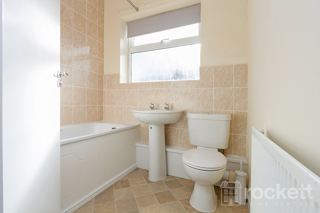 1 bed flat to rent in Broad Street, Newcastle Under Lyme  - Property Image 9