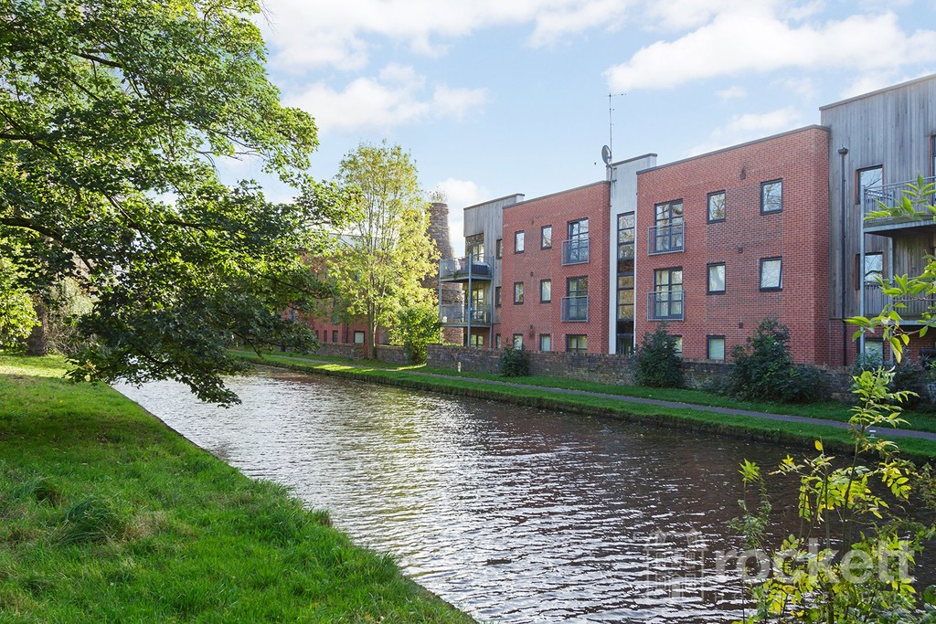 2 bed Flat to rent in Hartley Court, STOKE-ON-TRENT, ST4