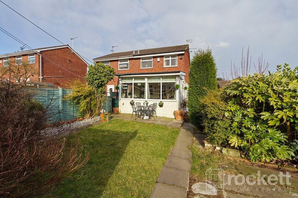 2 bed house to rent in Whitchurch Grove, Newcastle Under Lyme