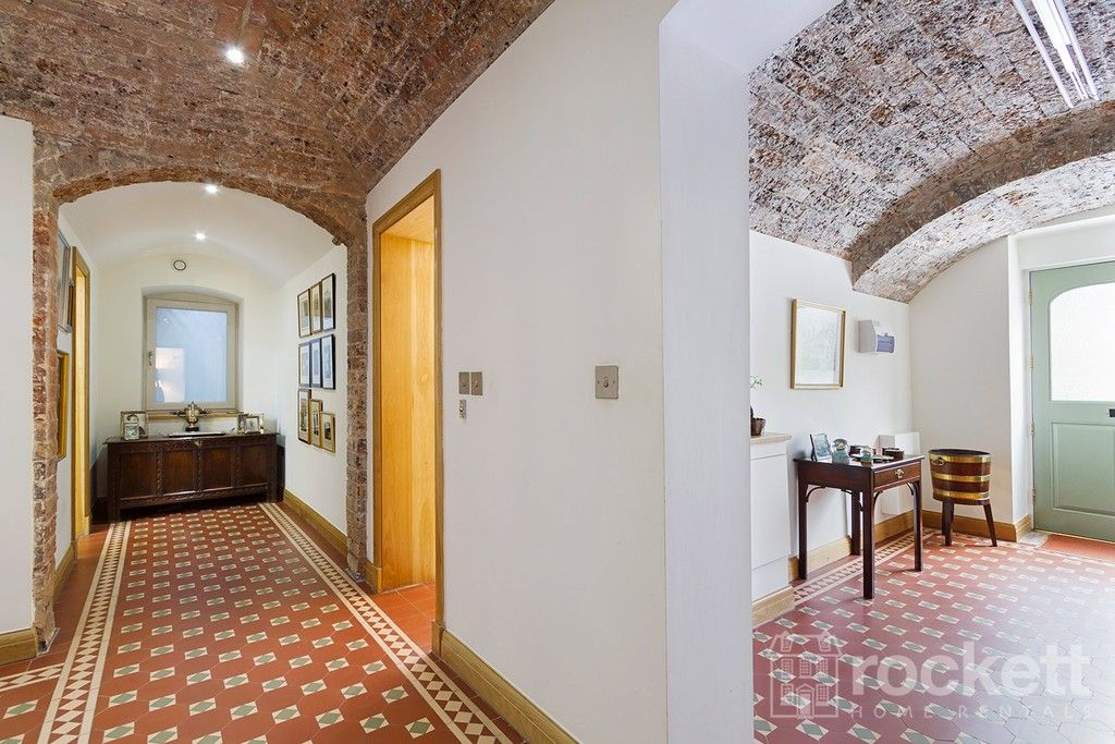 3 bed flat to rent - Property Image 1