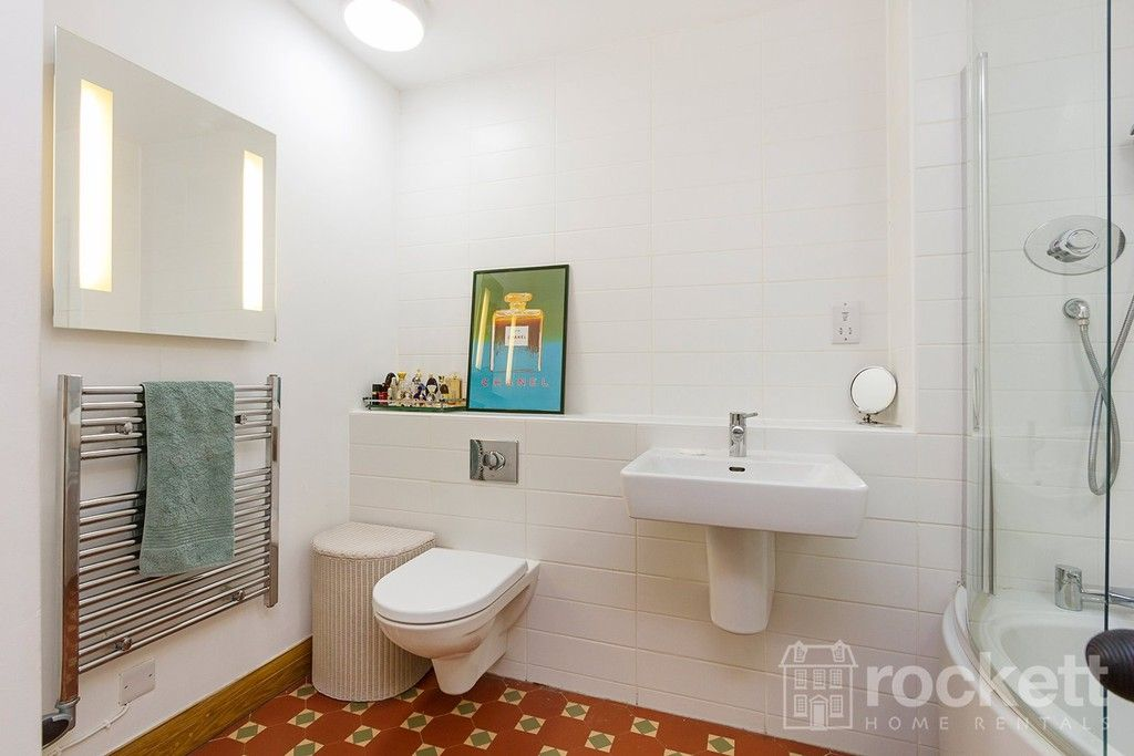 3 bed flat to rent  - Property Image 20