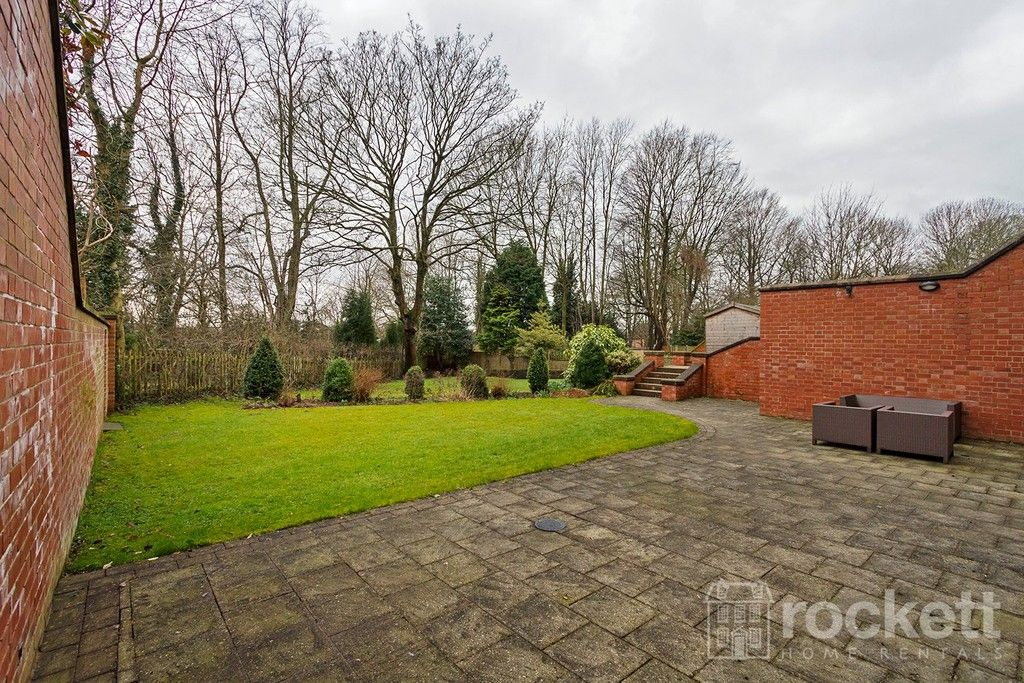 3 bed flat to rent  - Property Image 38