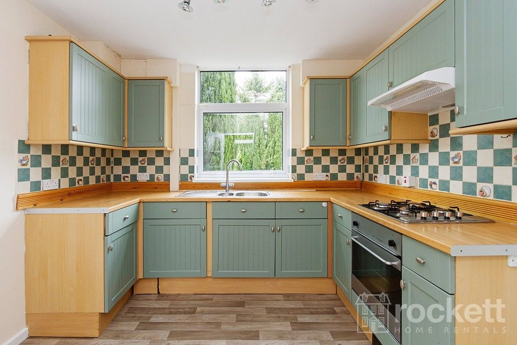 3 bed house to rent in hereford avenue