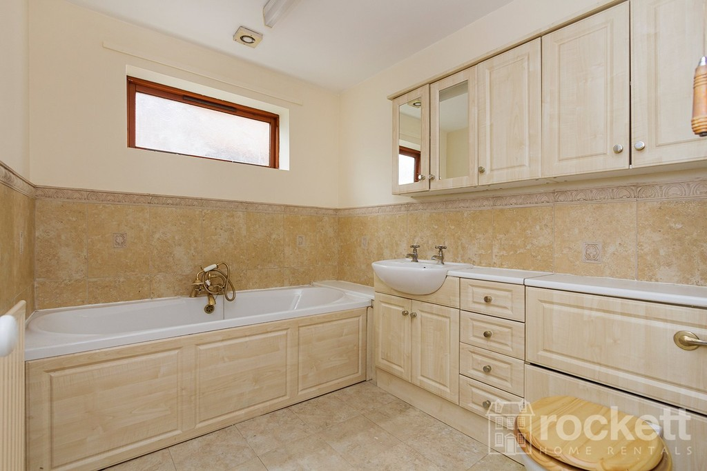 3 bed house to rent in Jasper Close , Porthill , Newcaslte Under Lyme   - Property Image 13