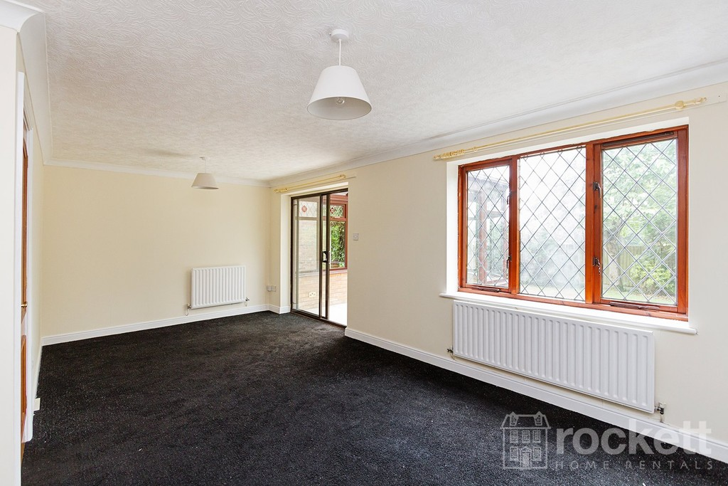 3 bed house to rent in Jasper Close , Porthill , Newcaslte Under Lyme   - Property Image 5