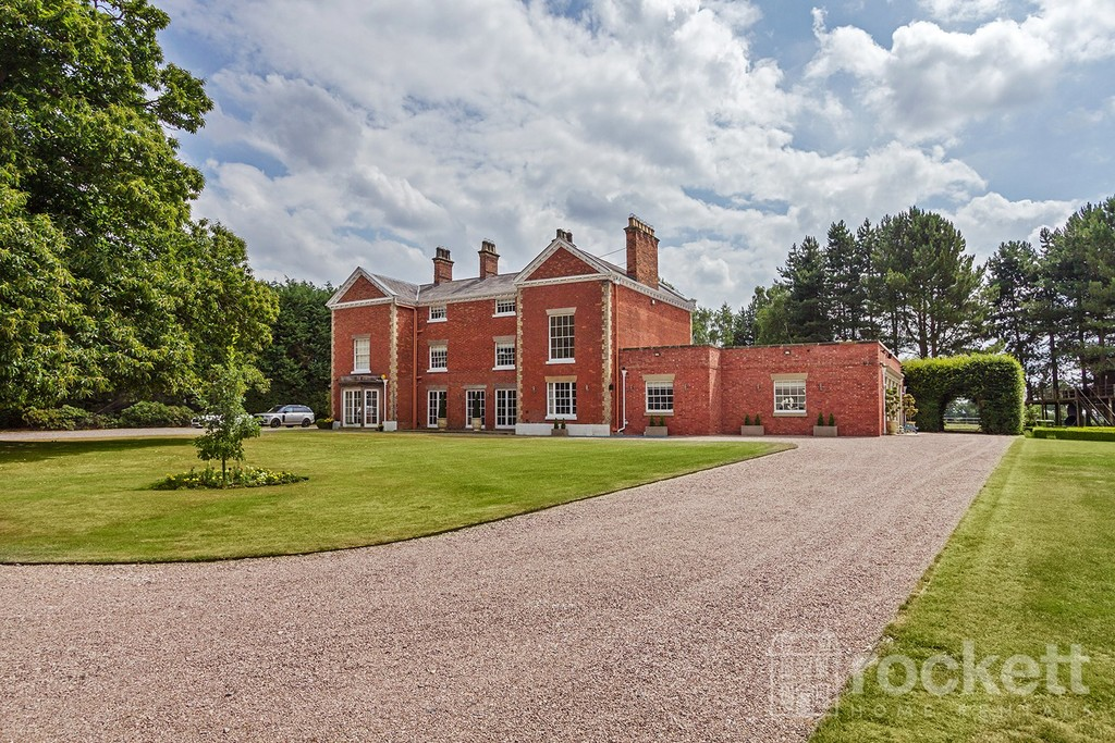 6 bed house to rent in South Cheshire  - Property Image 1