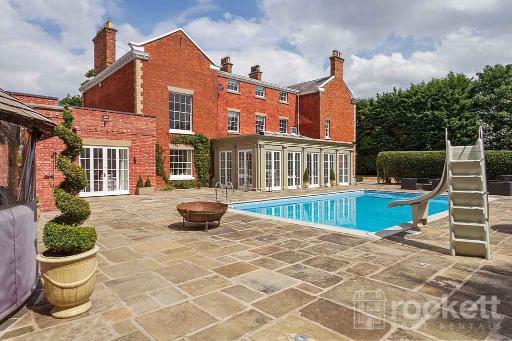 6 bed house to rent in South Cheshire  - Property Image 13
