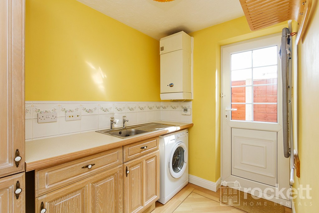 5 bed house to rent in Seabridge, Newcastle Under Lyme  - Property Image 13