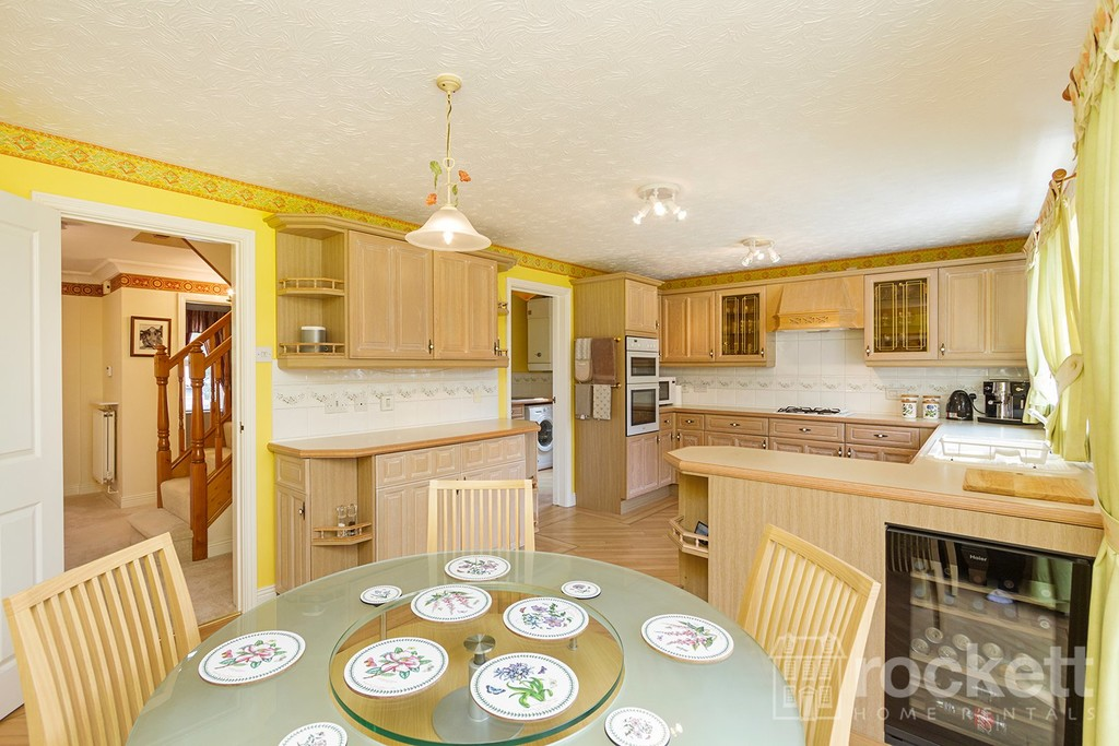 5 bed house to rent in Seabridge, Newcastle Under Lyme  - Property Image 9