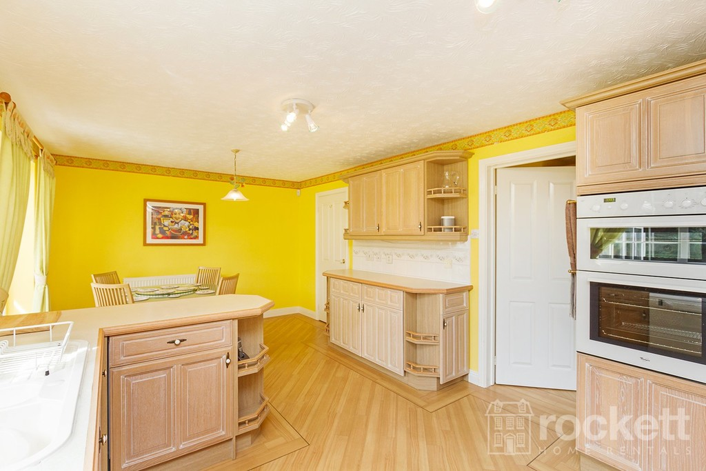 5 bed house to rent in Seabridge, Newcastle Under Lyme  - Property Image 15