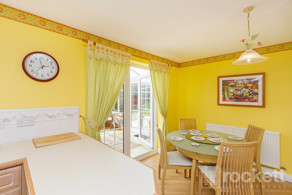 5 bed house to rent in Seabridge, Newcastle Under Lyme  - Property Image 16