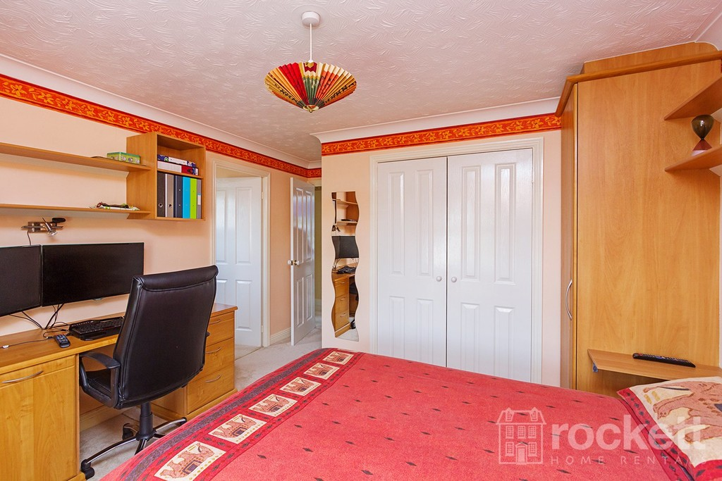 5 bed house to rent in Seabridge, Newcastle Under Lyme  - Property Image 29