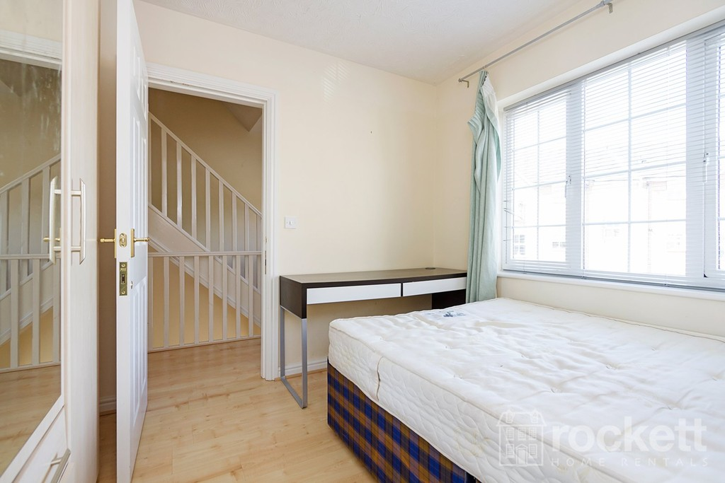 5 bed house to rent in Godwin Way, Stoke On Trent  - Property Image 9